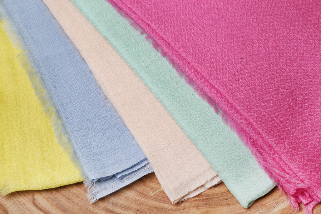 How to tell Real and Fake Pashmina Shawls test