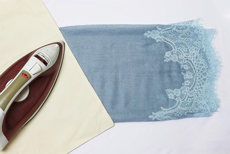 Pashmina-ironing-on-cotton-cloth