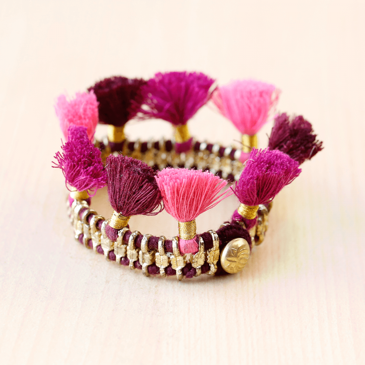Bohemian Fashion Single Tassel Bracelet - Maroon & Pink