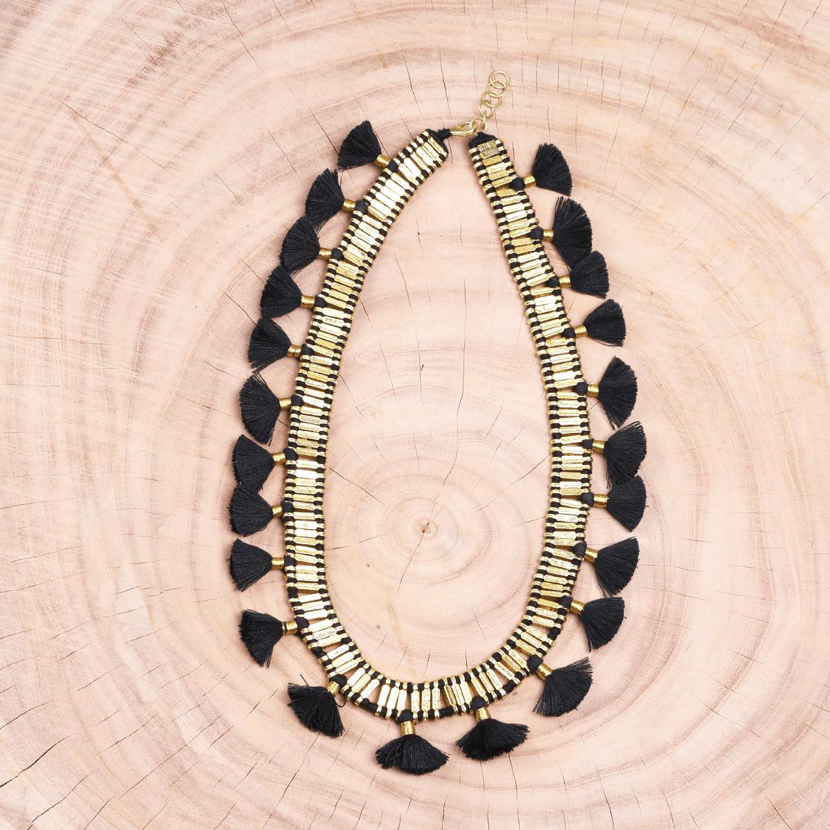 Bohemian Round Neck Tassel Metal Necklace - Black