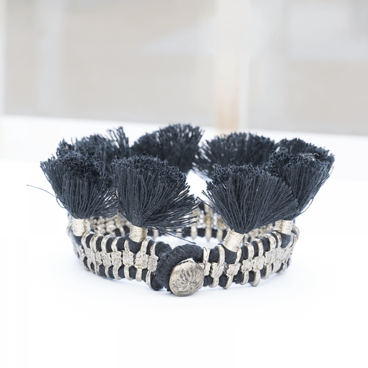 Bohemian Fashion Single Tassel Bracelet - Black